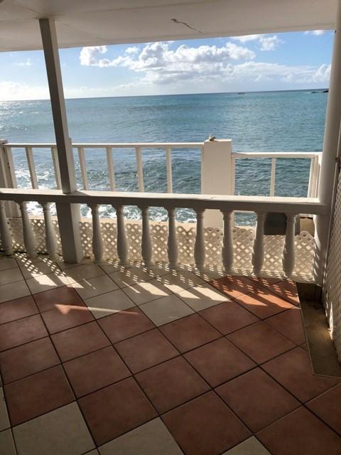 RE/MAX real estate, Sint Maarten, Beacon Hill, Beacon Hill, 1 bedroom Oceanfront for Sale