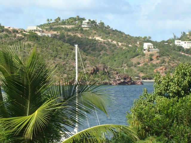 RE/MAX real estate, Sint Maarten, Cupecoy, Cupecoy, Cote d Azur Res. Large studio for Sale