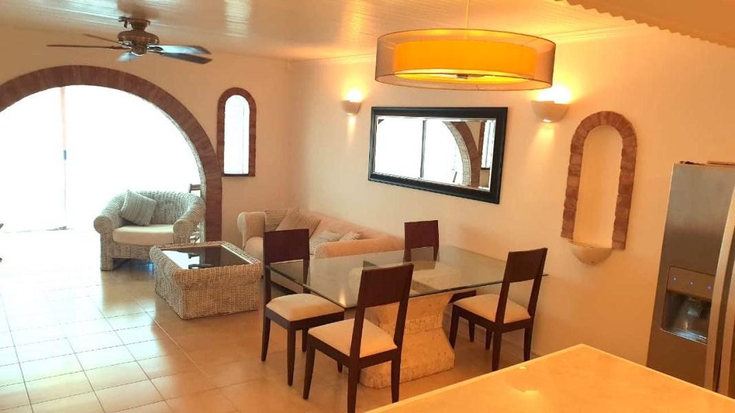 RE/MAX real estate, Sint Maarten, Simpson Bay, Simpson Bay Yacht Club One Bedroom Condo with Boat Slip