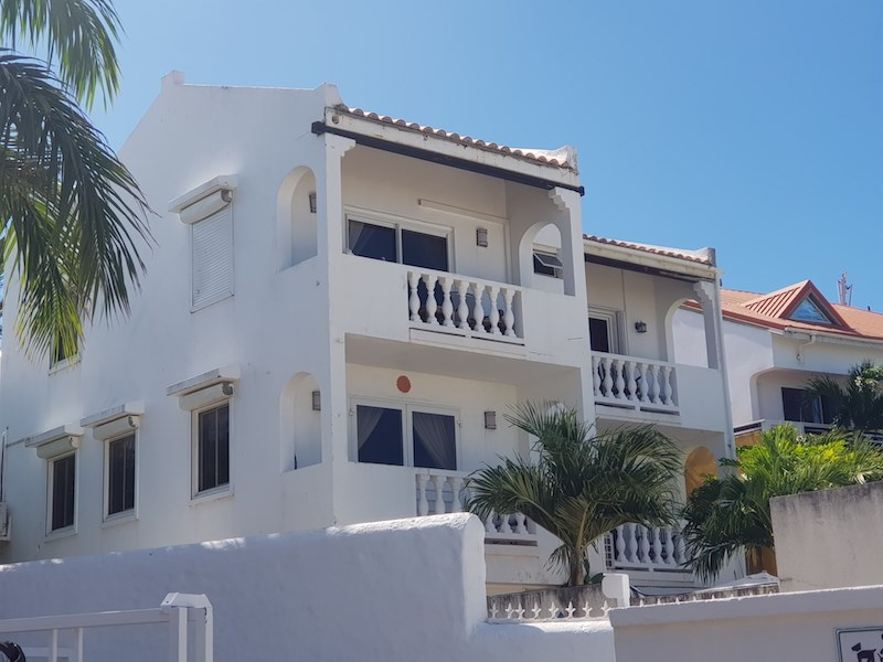 RE/MAX real estate, Sint Maarten, Beacon Hill, Beacon Hill Condo with Ocean View