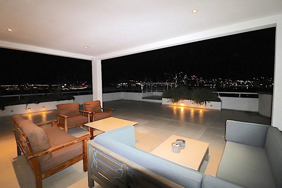 RE/MAX real estate, Sint Maarten, Simpson Bay, Simpson Bay Yacht Club Penthouse
