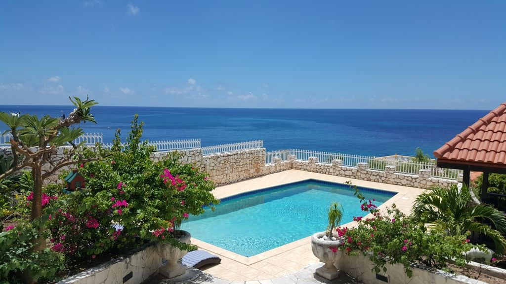 RE/MAX real estate, Sint Maarten, Pelican Key, Villa del Mar in Pelican
