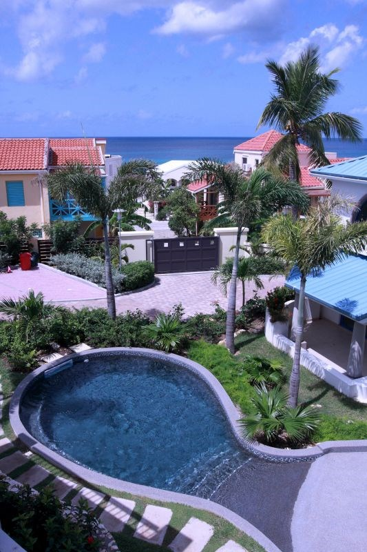 RE/MAX real estate, Sint Maarten, Pelican Key, BLUE PELICAN REDUCED and INCOME PRODUCING