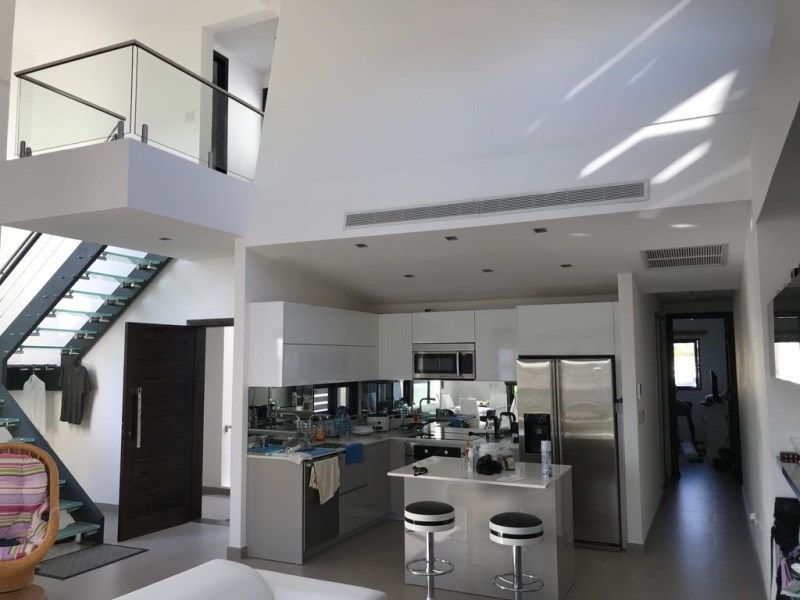 RE/MAX real estate, Sint Maarten, Cole Bay, Las Brisas Penthouse 2