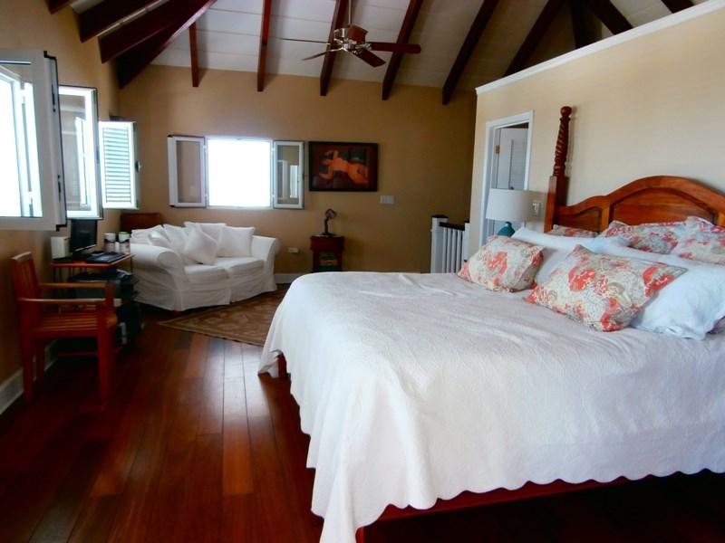 RE/MAX real estate, Sint Maarten, Cole Bay, Sequoia Villa