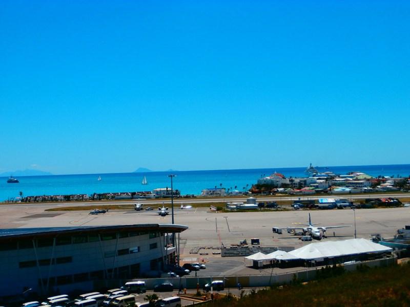 RE/MAX real estate, Sint Maarten, Maho Area, HUMA 2 BEDROOM (5TH FLOOR)