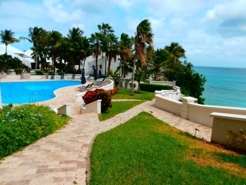 RE/MAX real estate, Sint Maarten, Cupecoy, The Cliff 2 Bedroom