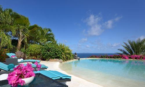 RE/MAX real estate, Sint Maarten, Oyster Pond, Villa Movina