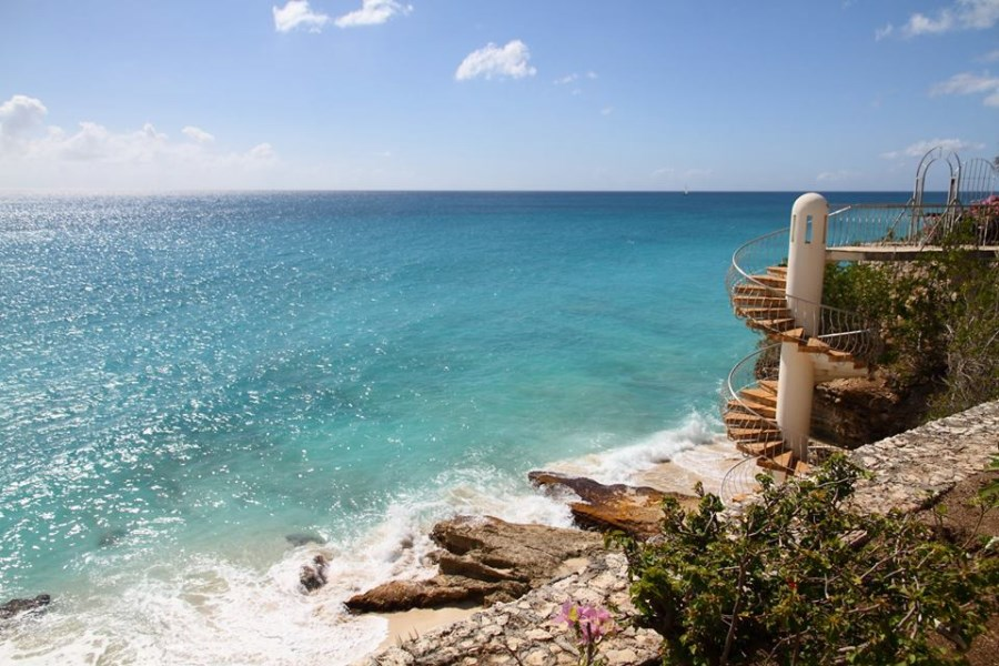 RE/MAX real estate, Sint Maarten, Cupecoy, Rainbow Tower Views