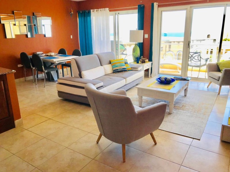 RE/MAX real estate, Sint Maarten, Cupecoy, Rainbow Ocean Tower