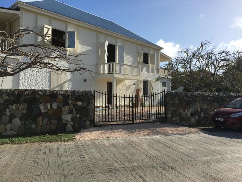 RE/MAX real estate, Sint Maarten, Dawn Beach, Falling Star