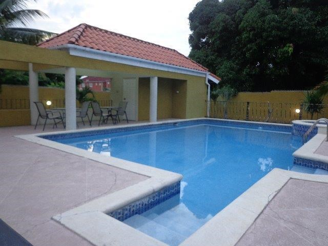 RE/MAX real estate, Jamaica, Kingston 6, SEAVIEW AVENUE Kingston & St. Andrew Kingston 6