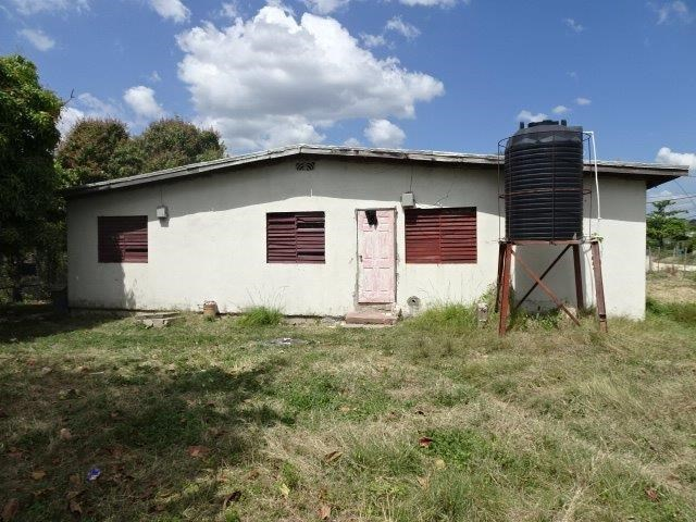 RE/MAX real estate, Jamaica, Spanish Town, COLES PEN, SPANISH TOWN St. Catherine Spanish Town