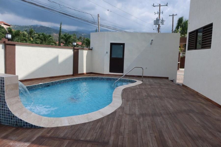 RE/MAX real estate, Jamaica, Kingston 6, OTTAWA AVENUE Kingston & St. Andrew Kingston 6