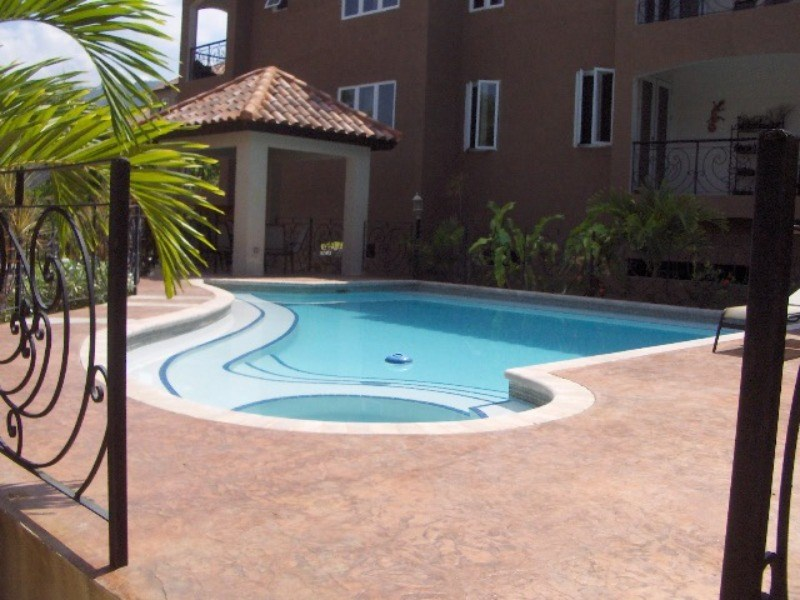 RE/MAX real estate, Jamaica, Kingston 6, 25 Liguanea Avenue Kingston & St. Andrew Kingston 6