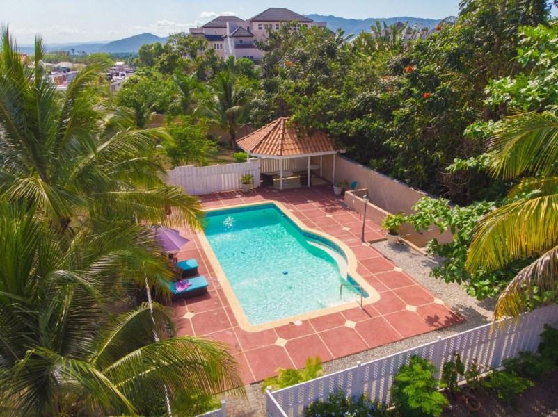 RE/MAX real estate, Jamaica, Kingston 6, BARBICAN ROAD Kingston & St. Andrew Kingston 6