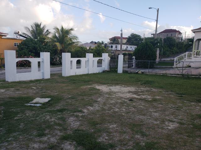 RE/MAX real estate, Jamaica, Black River, REYNOLDS ROAD, LUANA PEN St. Elizabeth Black River