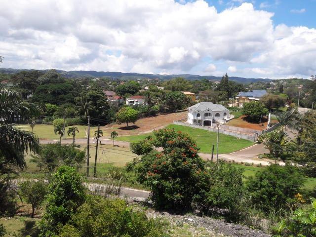 RE/MAX real estate, Jamaica, Mandeville, BATTERSEA Manchester Mandeville