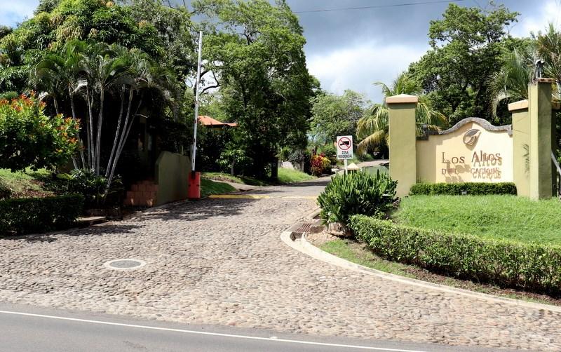 Remax real estate, Costa Rica, Playa Hermosa, Los Altos del Cacique Lot #84