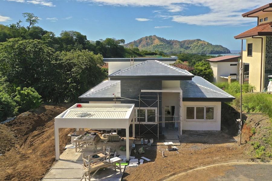 Remax real estate, Costa Rica, Playa del Coco, Pacifico Lot 93 Spec Home