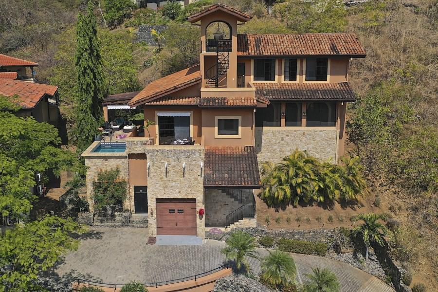 Remax real estate, Costa Rica, Playa del Coco, Pacifico Lot 135 Villa Toscana