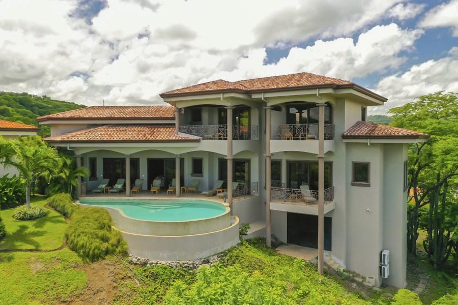 Remax real estate, Costa Rica, Playa del Coco, Villa La Cima Pacifico Lot 71