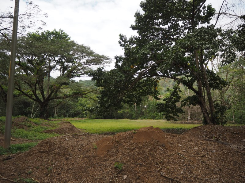 Remax real estate, Costa Rica, Jaco, Ample Coner Lot minutes from the beach