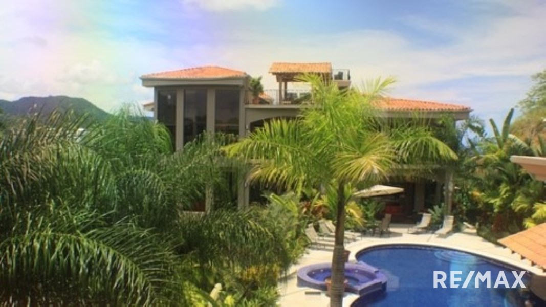 Remax real estate, Costa Rica, Jaco, Casa Ponte TWO luxury homes in Jaco with HUGE rental income