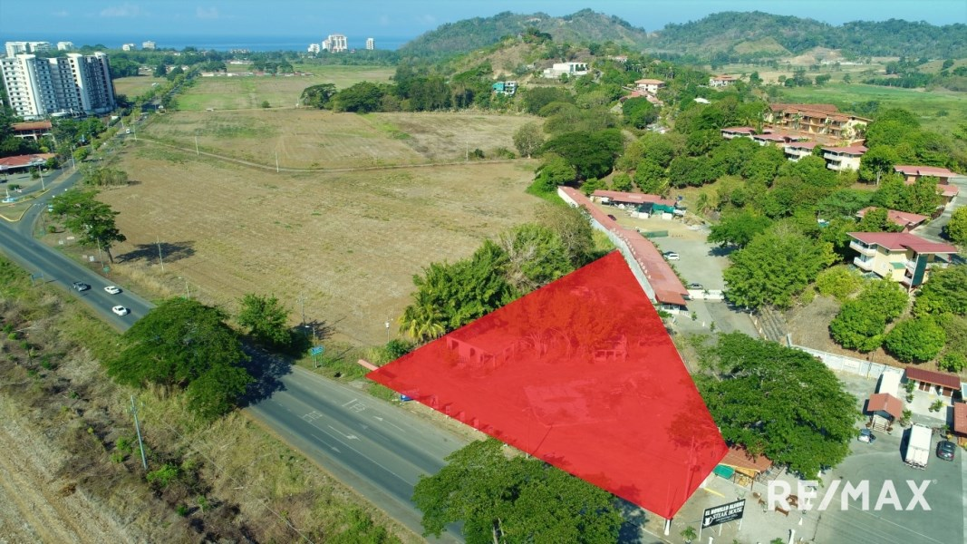 Remax real estate, Costa Rica, Jaco, Jaco Highway Frontage Development Lot