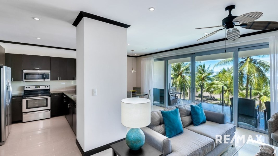 Remax real estate, Costa Rica, Jaco, Diamante Del Sol N202 REMODELED Oceanfront Condo