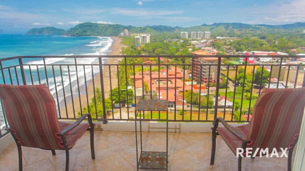 Remax real estate, Costa Rica, Jaco, Vista Las Palmas 14C