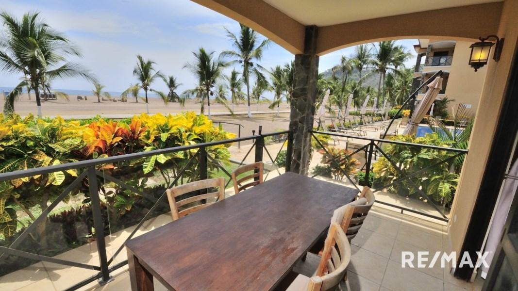 Remax real estate, Costa Rica, Jaco, Bahia Encantada L1 Oceanfront Condo
