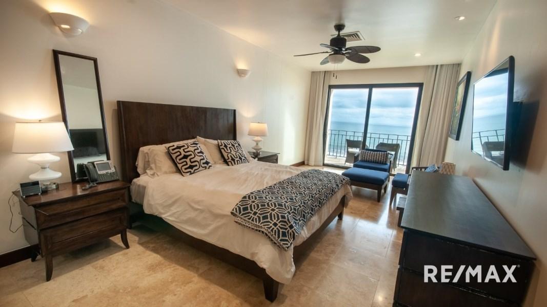 Remax real estate, Costa Rica, Jaco, Croc's Casino Resort Oceanfront Studio