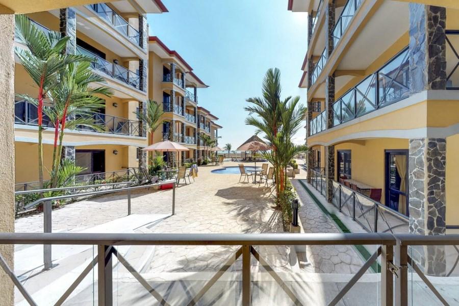 Remax real estate, Costa Rica, Jaco, Bahia Encantada F1 Oceanfront 3 bedroom condo