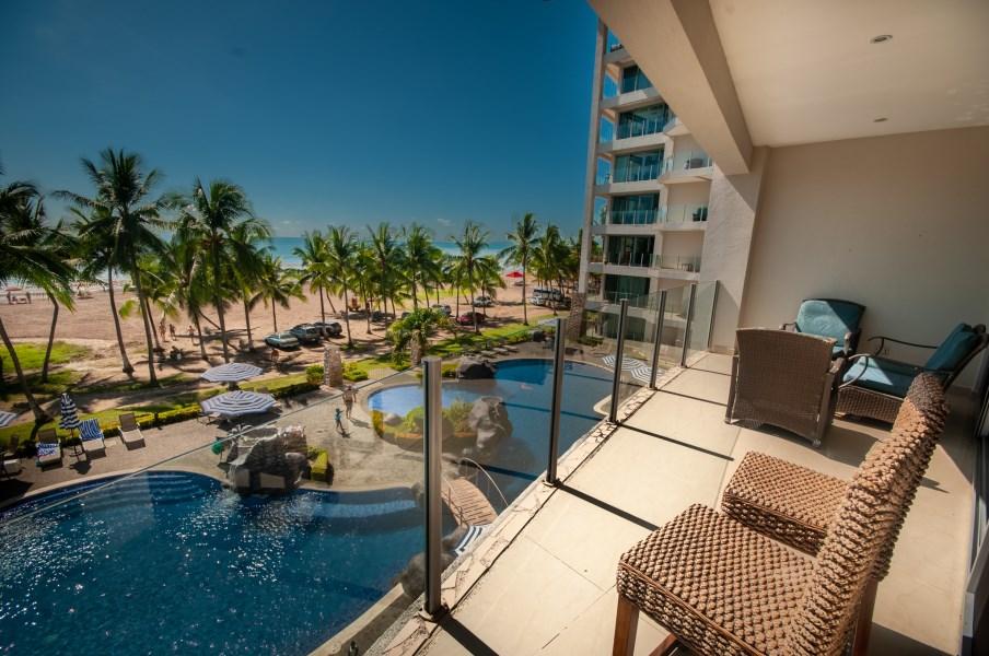 Remax real estate, Costa Rica, Jaco, Diamante del Sol 303S Condo |Oceanfront Luxury | Jaco Beach Costa Rica
