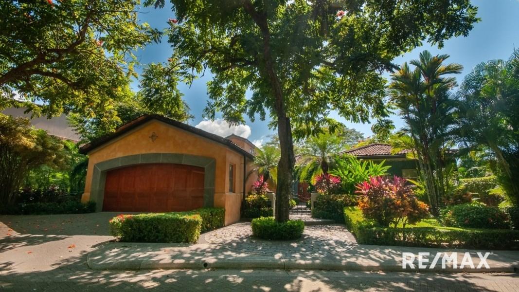 RE/MAX real estate, Costa Rica, Los Suenos, Stunning Luxury Villa for sale in Los Suenos