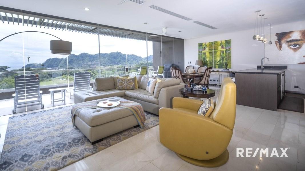 RE/MAX real estate, Costa Rica, Puntarenas, Panoramic Ocean View Luxury Condo – Altos de Montserrat