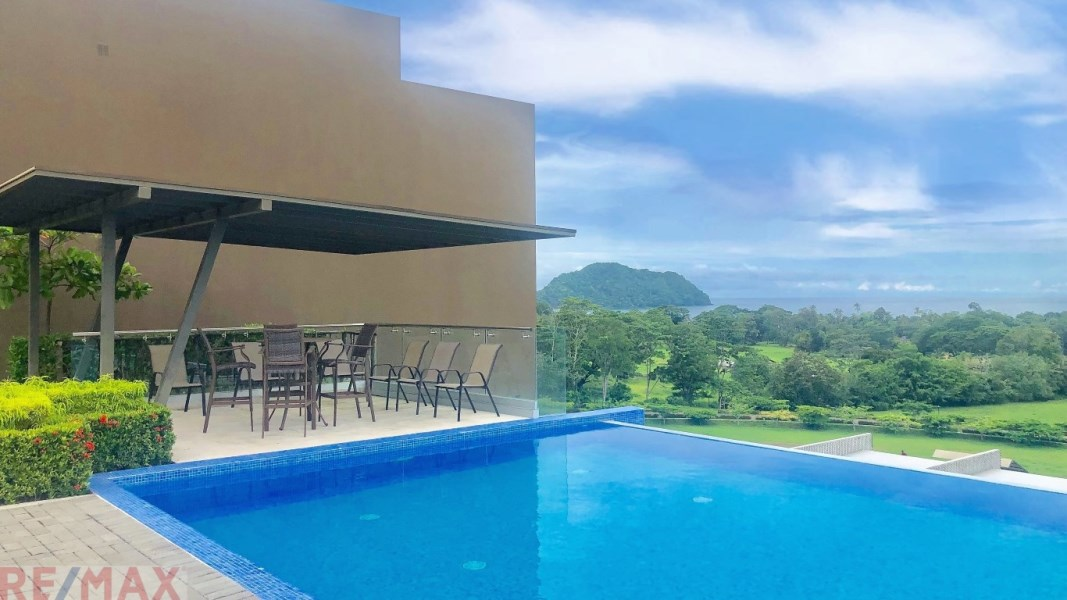Remax real estate, Costa Rica, Herradura, Panoramic Ocean View Luxury Condo | Herradura Beach