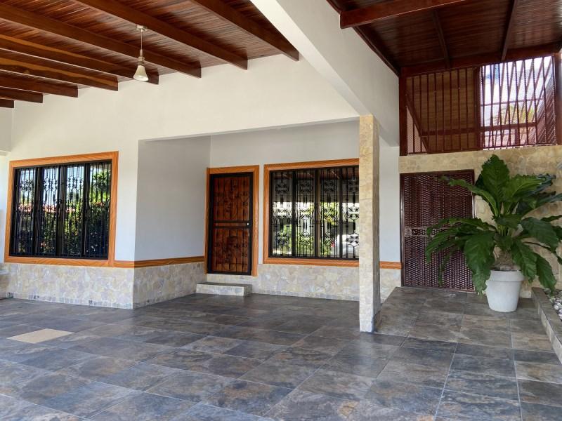 Remax real estate, Costa Rica, Jaco, Amazing Villa in Sol Dorado- Jaco | Costa Rica