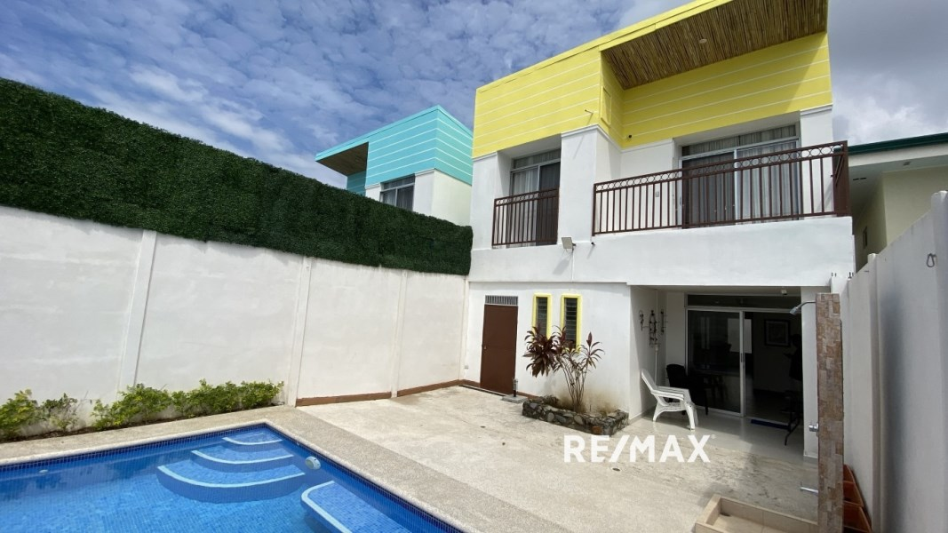 Remax real estate, Costa Rica, Jaco, Beautiful house with Private pool in Jaco | Costa Rica