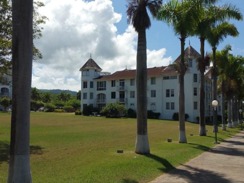 RE/MAX real estate, Jamaica, Montego Bay, Rose Hall St. James Montego Bay