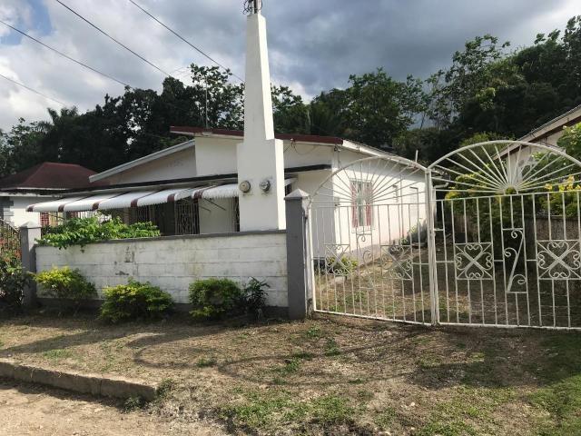 RE/MAX real estate, Jamaica, Lucea, GARDENIA AVENUE Hanover Lucea