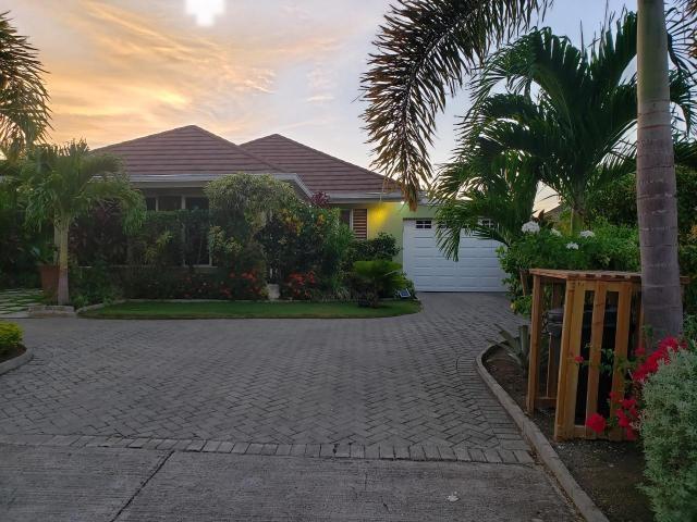 RE/MAX real estate, Jamaica, Ocho Rios, RICHMOND, COOLSHADE St. Ann Ocho Rios