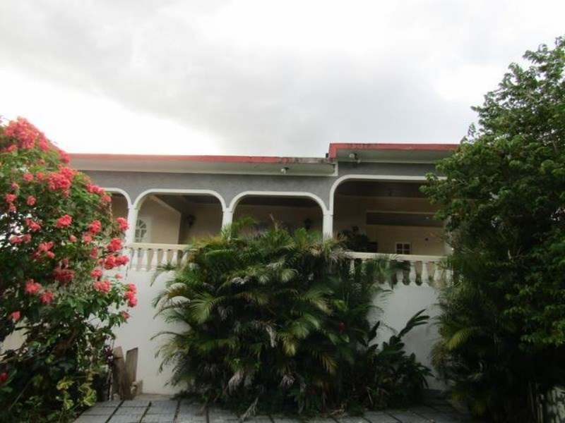 RE/MAX real estate, Jamaica, Spanish Town, 4 & 5 West Montaque Heights  St. Catherine Spanish Town