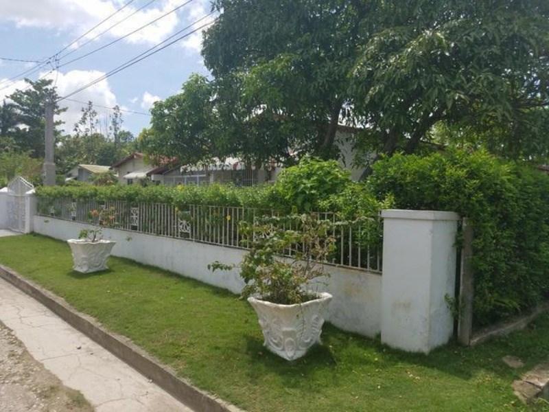 RE/MAX real estate, Jamaica, Santa Cruz, Contemporary Close St. Elizabeth Santa Cruz