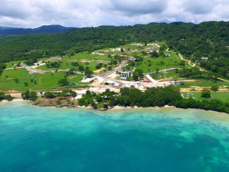 RE/MAX real estate, Jamaica, White House WD, Whitehouse Beach Club Westmoreland White House WD