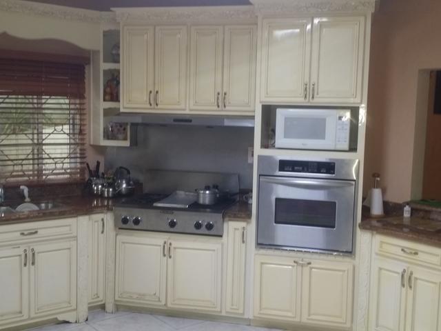 RE/MAX real estate, Jamaica, Montego Bay, ARCADIA AVE WESTGATE HILL St. James Montego Bay