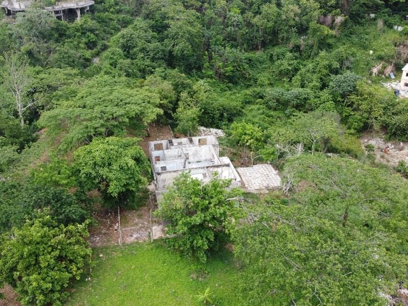 RE/MAX real estate, Jamaica, Kingston 19, Maverley Mountain Kingston & St. Andrew Kingston 19