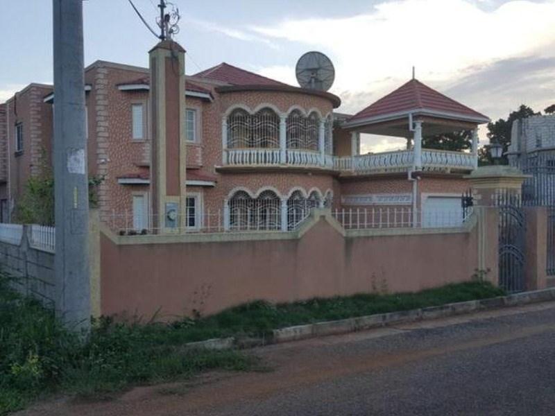 RE/MAX real estate, Jamaica, Runaway Bay, Hibiscus Boulevard St. Ann Runaway Bay