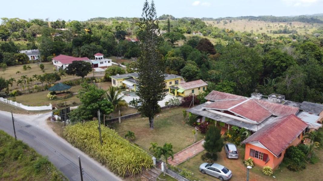 RE/MAX real estate, Jamaica, Ocho Rios, BROWNS TOWN St. Ann Ocho Rios